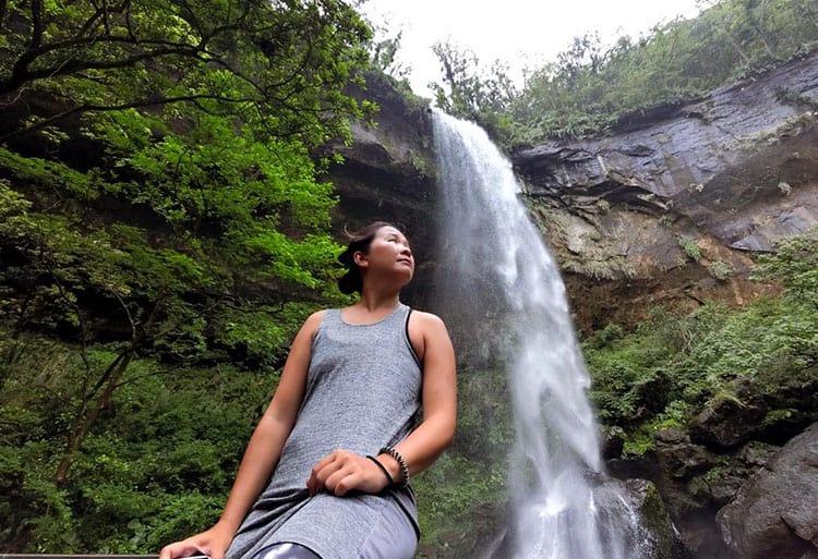 Traveler Tuesday - Jaclynn of The Occasional Traveller - New-Taipei-Sandiaoling-Motian-Waterfall-Selfie