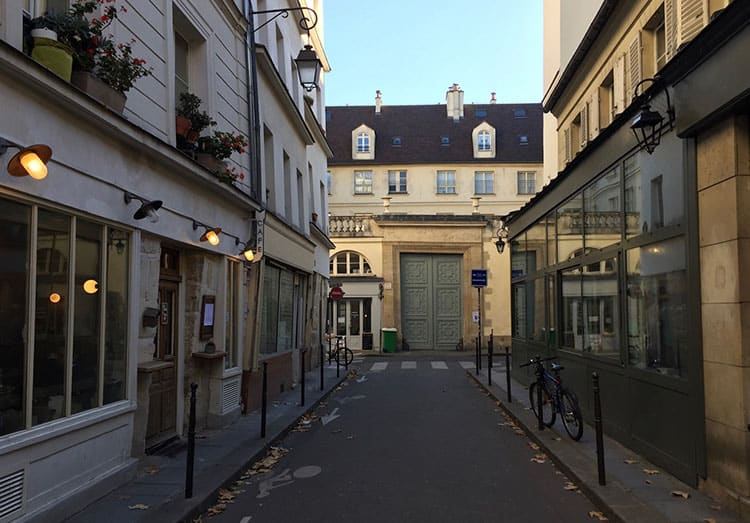 Paris Profiles - 3rd Arrondissement with Kasia-North Marais 2