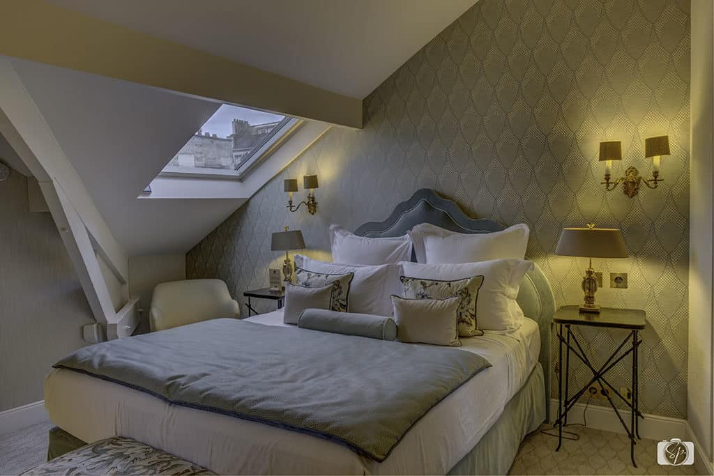 Suite-at-the-Relais Christine-Paris