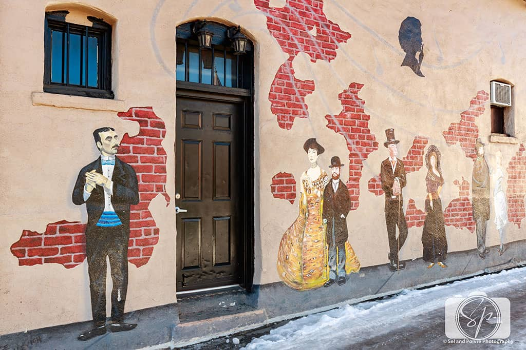 Flagstaff-Mural-Vintage