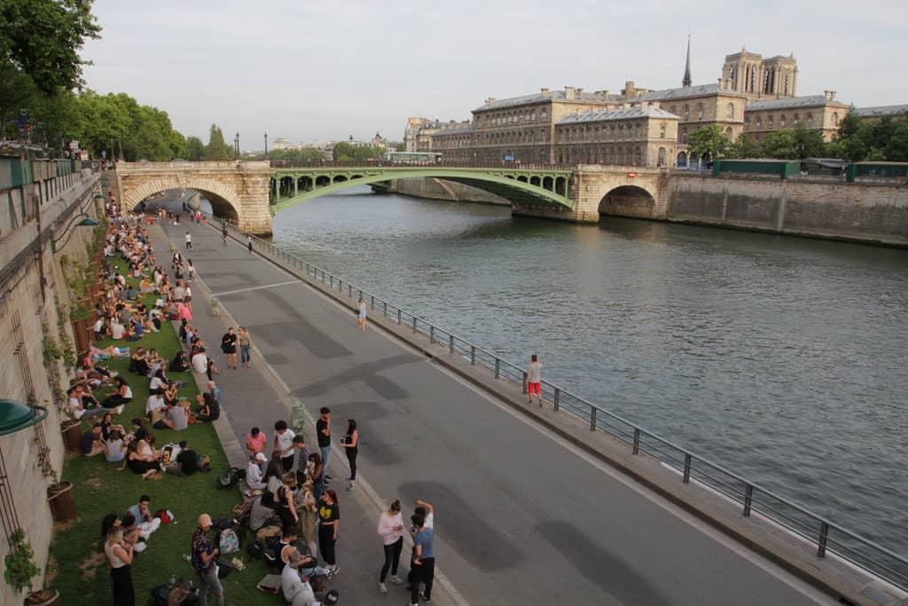 Paris Profiles – 4th Arrondissement with Charli_LesQuais
