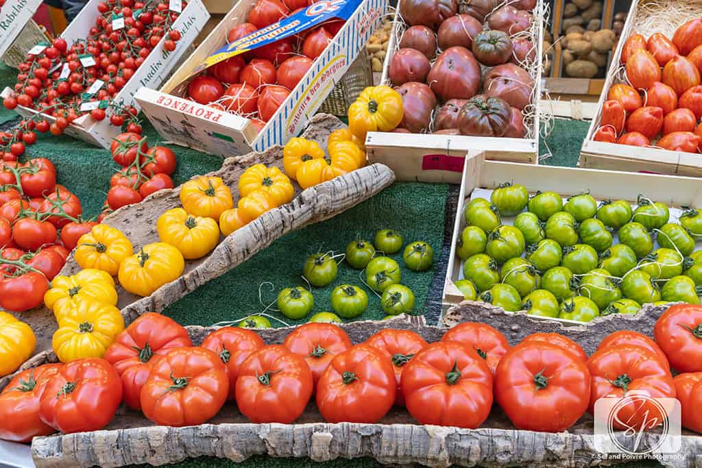 Paris-Rue Poncelet-Market-Tomato Display 2