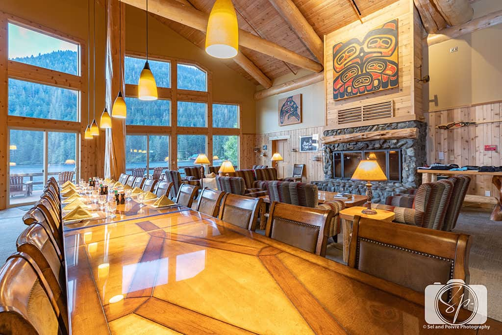 Alaska-SteamBoat-Lodge-Dining Area