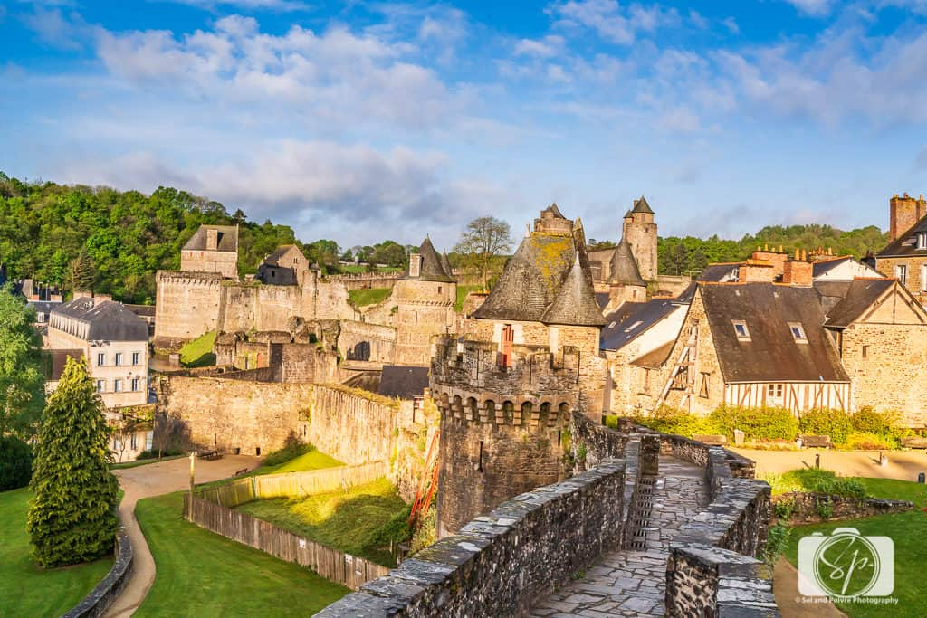 Ramparts around the Chateau de Fougeres - Fougeres France 2