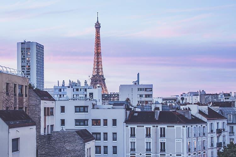 Learning French- Visit Paris hero