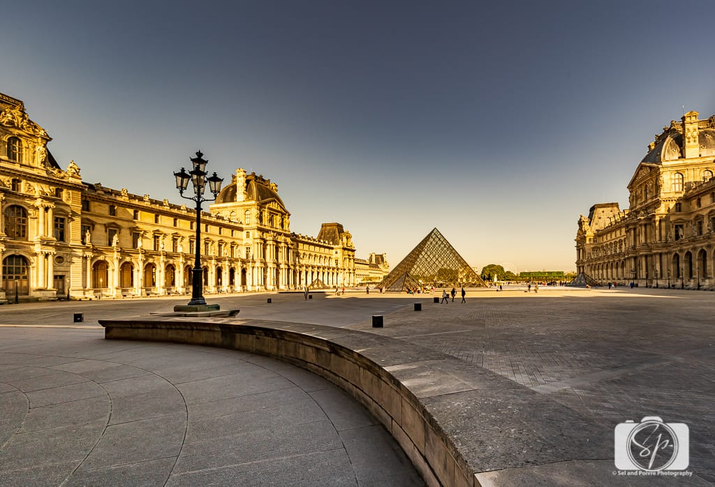 Le Louvre Paris France