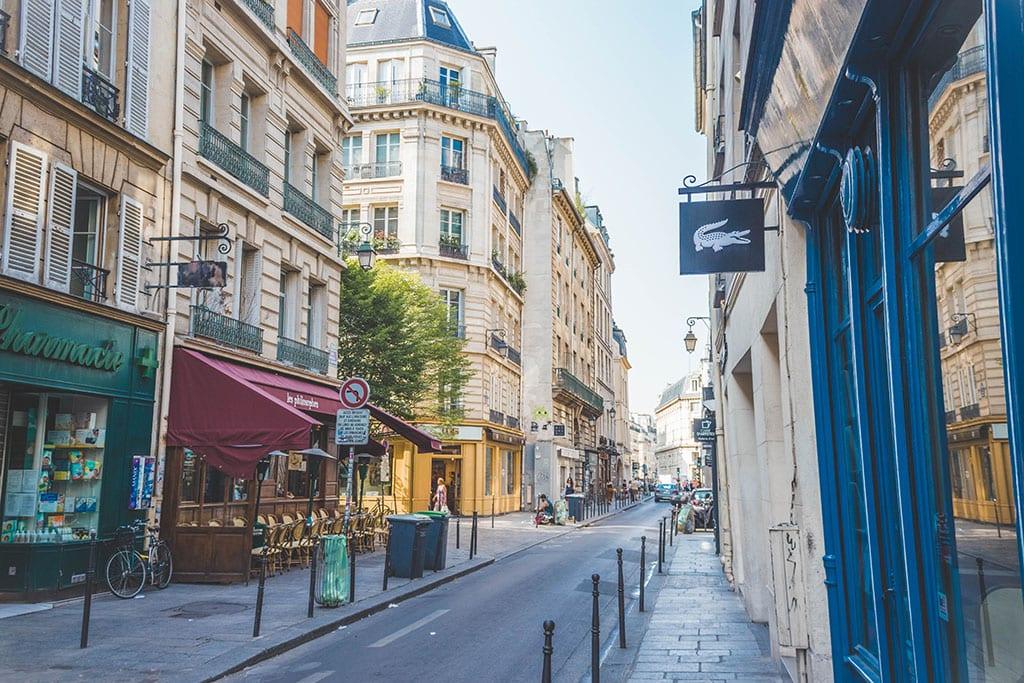 Paris Neighborhood