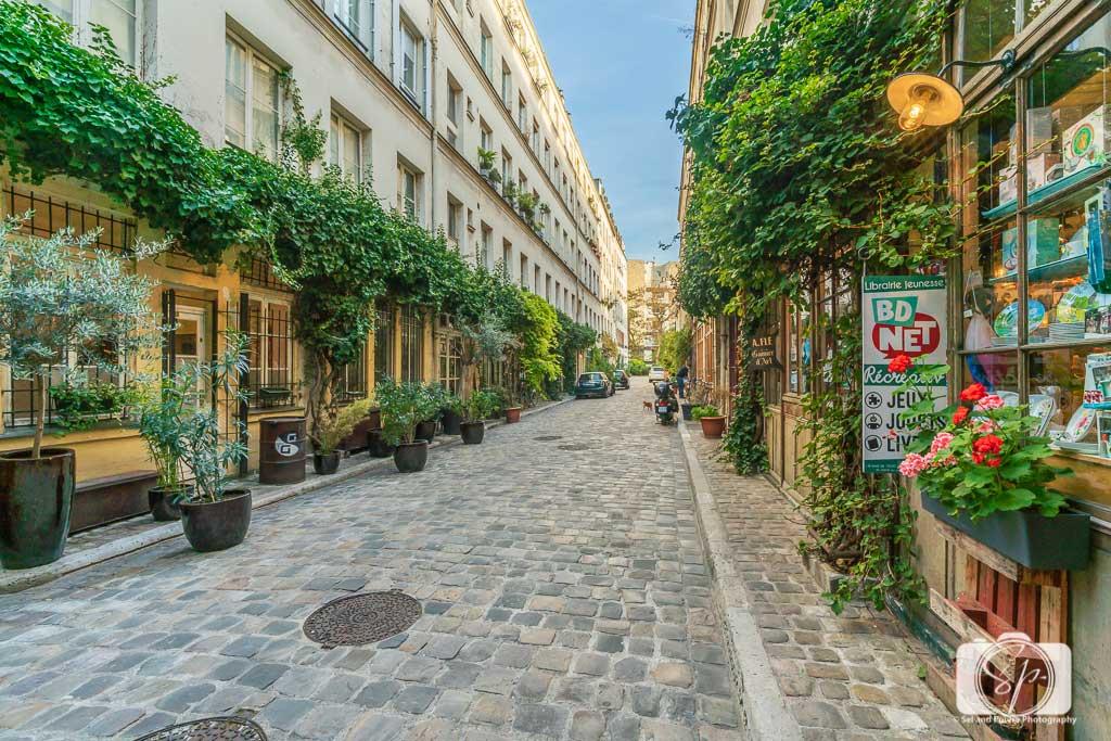 Paris Cour Damoye