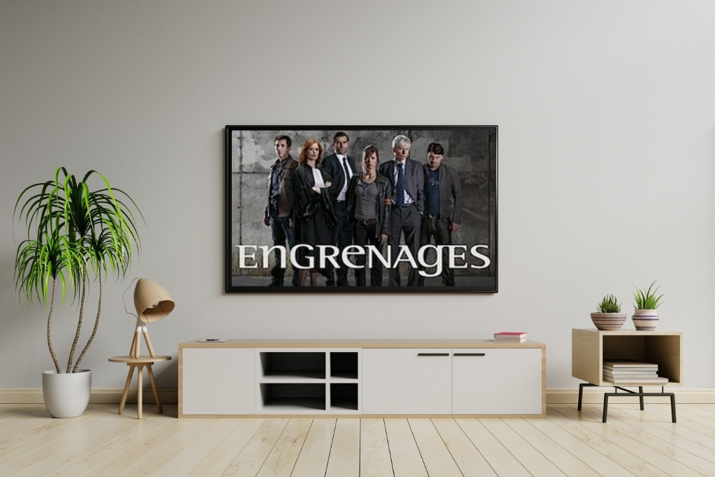 Currently Watching: Engrenages (Spiral)