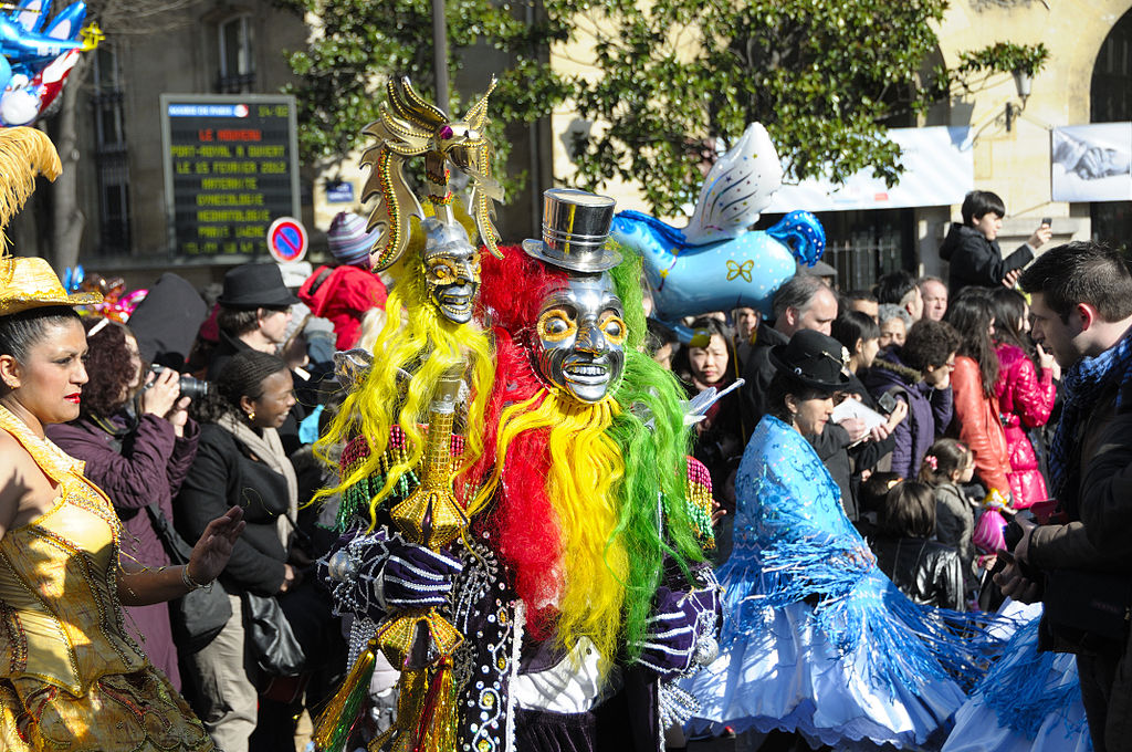 photo of carnaval attendees in costume in Paris