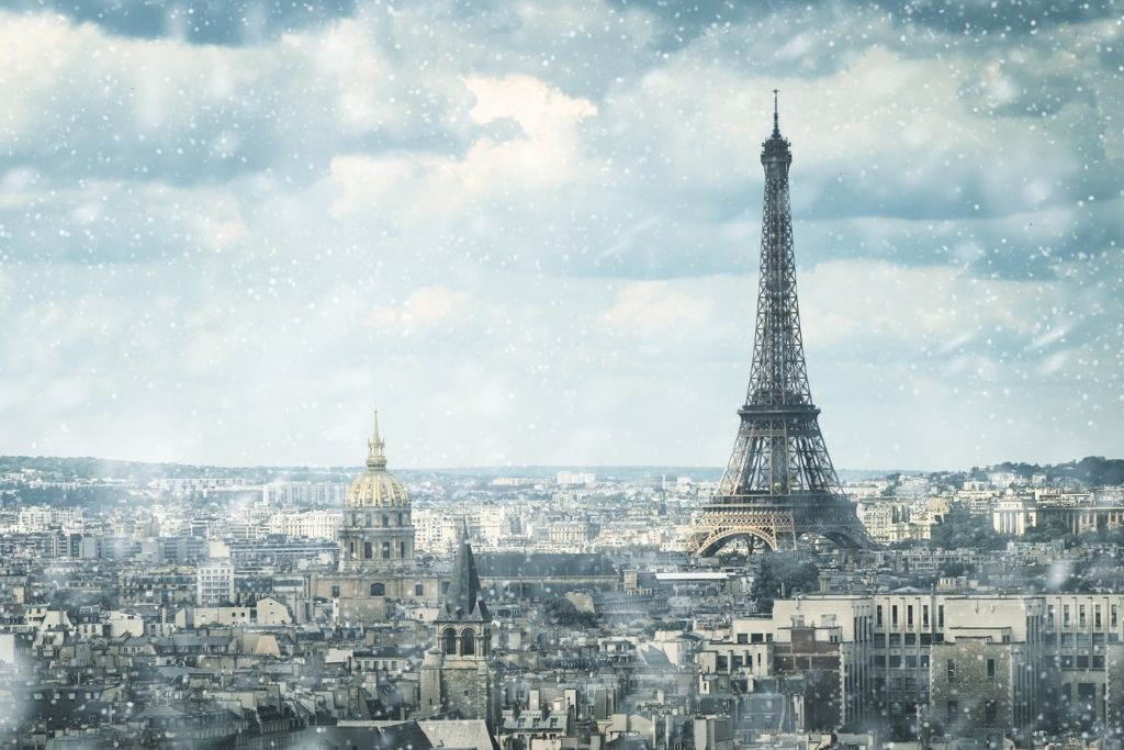 photo of Eiffel Tower in the snow