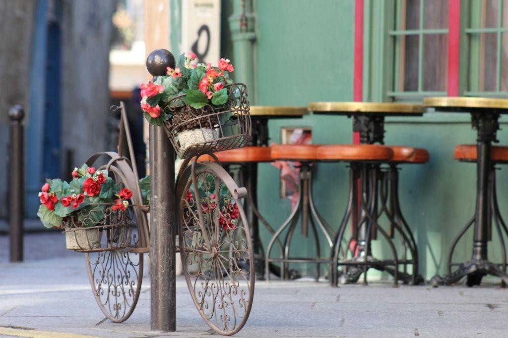 bike on a Paris street