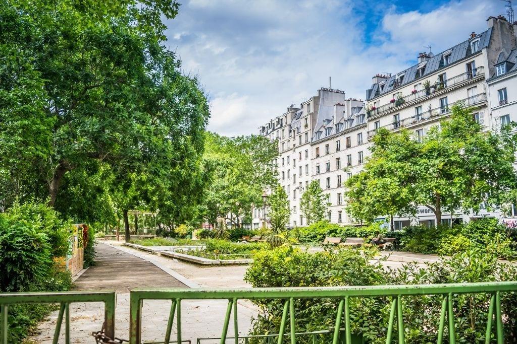 garden in Paris in spring